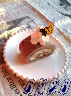 ハロウィン色のロールケーキ