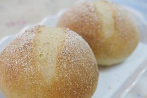 全粒粉丸パン