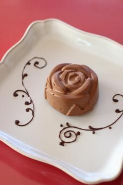ばらのチョコレートムースケーキ