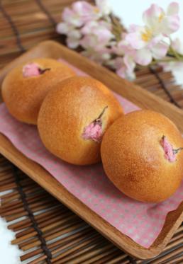 桜あんバタ♪ (ホシノ天然酵母)
