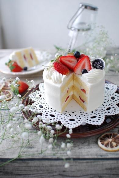 【ナッペの方法も♡】バター不使用スポンジケーキ☆太白ごま油で