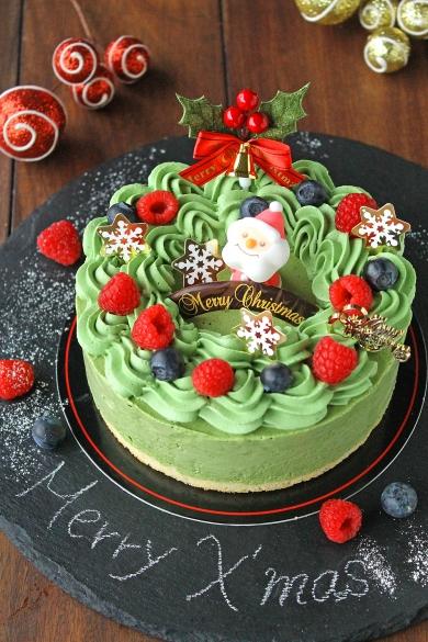 クリスマスリース風抹茶のアイスケーキ
