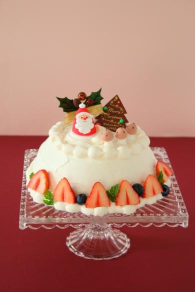 クリスマスの苺ドームケーキ