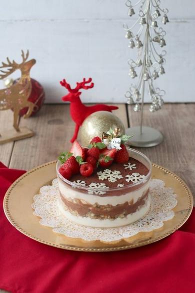 グラノーラとクリームチーズのクリスマススコップケーキ