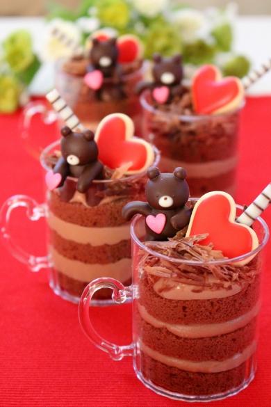ふちチョコくまさんのチョコ生ケーキ