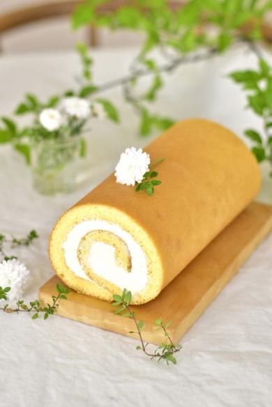 シンプルロールケーキ