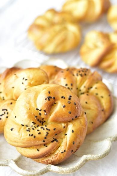 安納芋ペーストでおさつパン