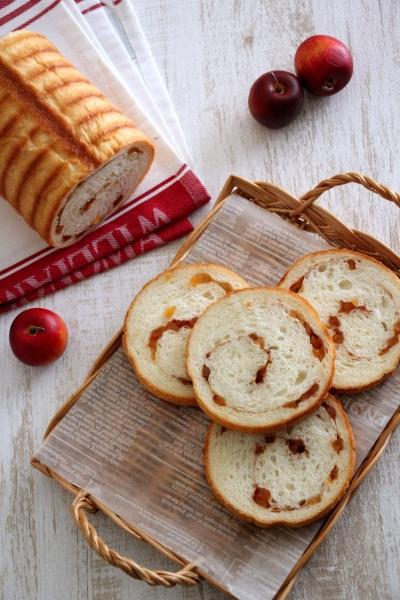りんごのまんまるラウンド食パン