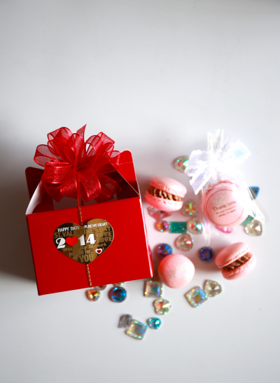 可愛いリボンと小箱が決め手のバレンタインラッピング