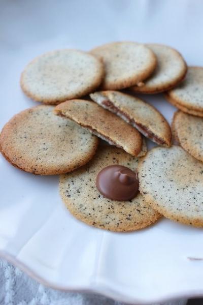 アールグレイ・ラングドシャのミルクチョコレートサンド