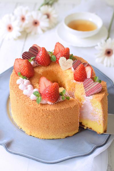 ストロベリー☆ピンク生シフォンケーキ