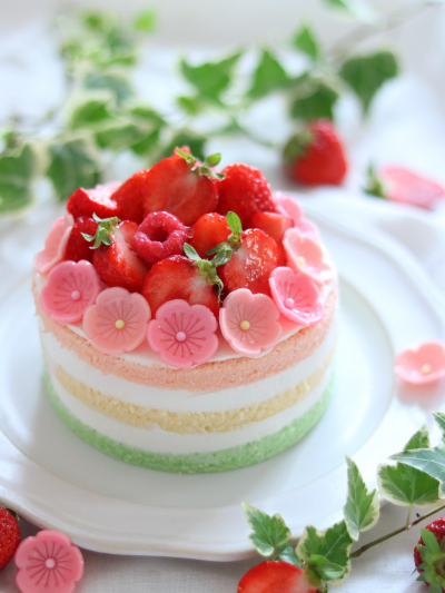ひなまつりネイキッドケーキ