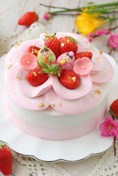 お雛祭りケーキ 2色のナッペとお花絞り