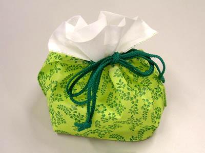巾着袋K-01なんてん柄(緑)