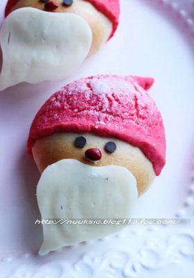 【クリスマス】サンタクロースパン♪♪