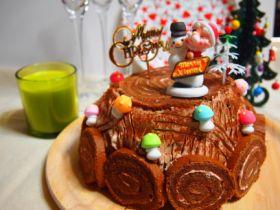 ブッシュドノエルのシフォンケーキ