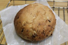 【クルミ】玉ねぎとクルミのパン