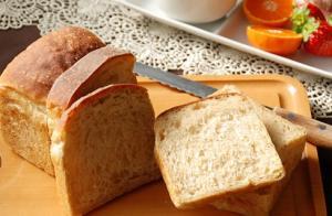 プルーン山食パン