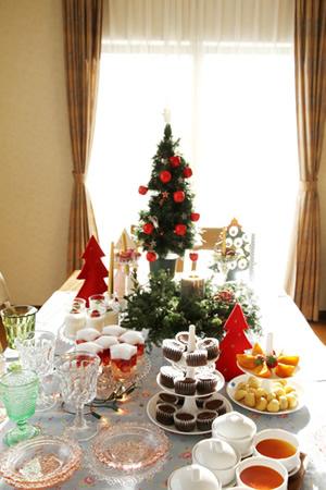 ワイワイおともだちとクリスマスパーティー♪