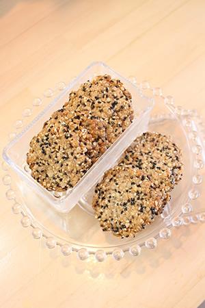 オートミール胡麻クッキー