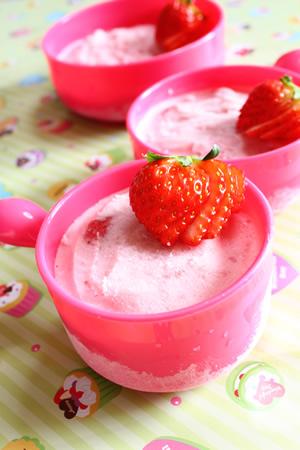 苺とヨーグルトのシャーベット