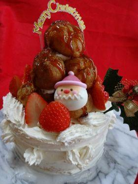 【クリスマス】クロカンブッシュのケーキ