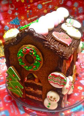 【クリスマス】中までぎっしり☆お菓子の家