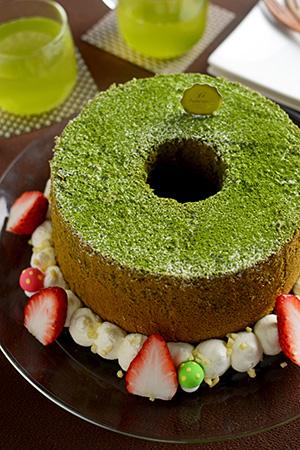 和三盆で作る抹茶のシフォンケーキ