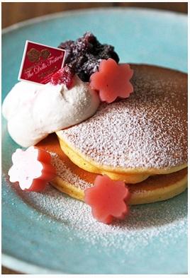 「しっとりもっちり桜パンケーキプレート」