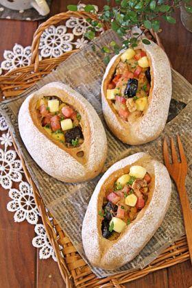 プルーンとオニオンベーコンのもっちりパン