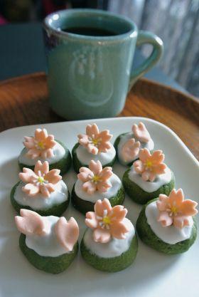 【春のお菓子】ほうれん草と抹茶のアイシングクッキー