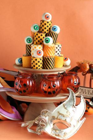 ハロウィンのロールケーキタワー