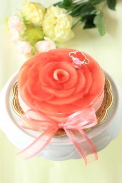 母の日!真っ赤なレアチーズケーキ