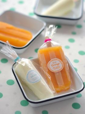 アイスキャンディー・ミルクとオレンジ(みかん)