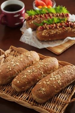 マルチシリアル入りドッグパン