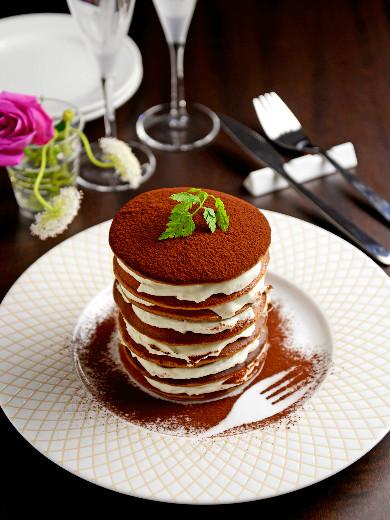 ティラミス風味のパンケーキタワー