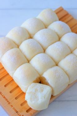 シンプル白パン