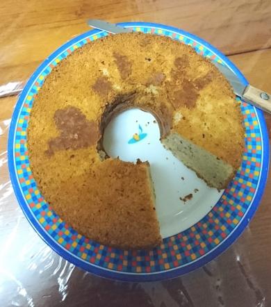 焦がしバターと蜂蜜のフィナンシェ風シフォンケーキ