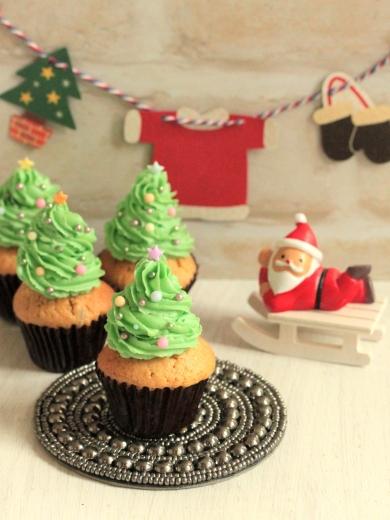 * クリスマスツリー ☆ ほうじ茶マフィン♪