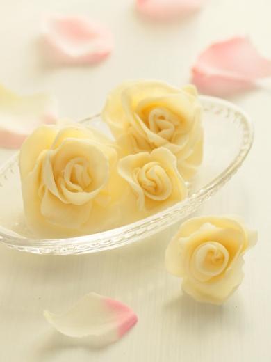 * バラの花 *プラスチックチョコ♪