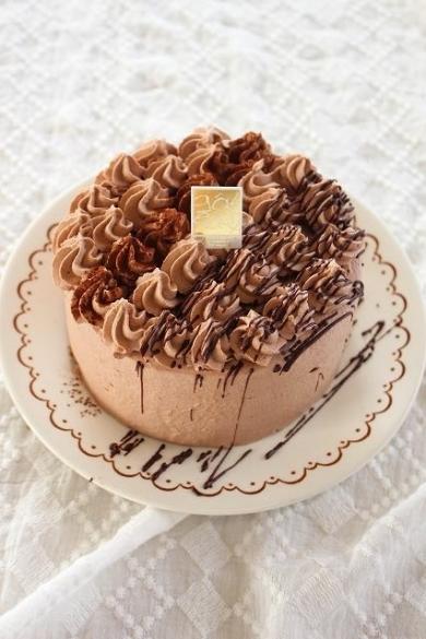 食べきりサイズのチョコレートケーキ