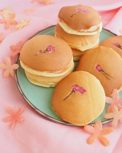 桜どら焼き♡カスタードサンド