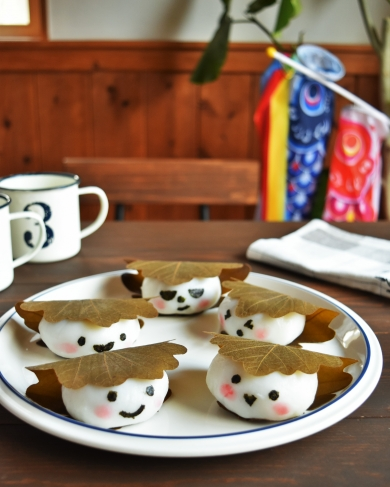 可愛いキャラかしわ餅の作り方(レンジでモチモチ♪)