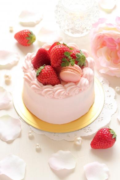 卵1つ分で☆イチゴのミニショートケーキ