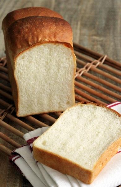 生イーストでしっとりふんわり山型食パン