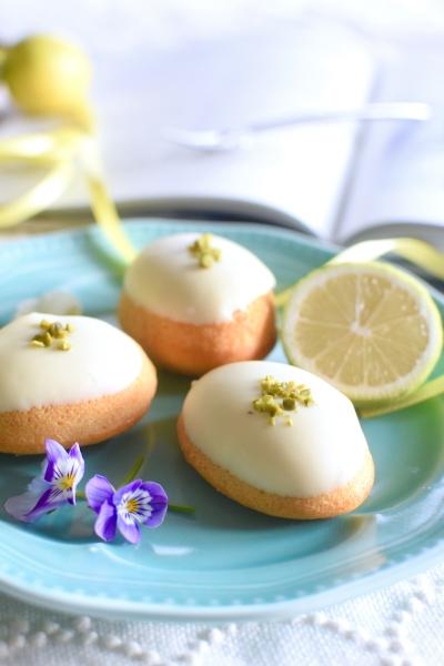 しっとりレモンケーキ