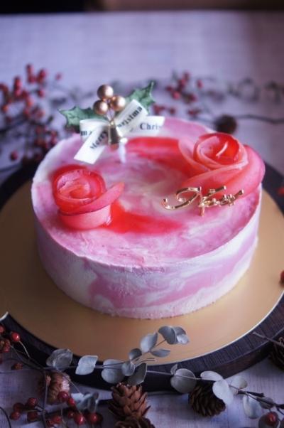 ラズベリーマーブルデコレーションケーキ