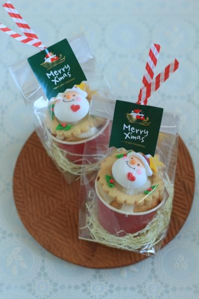 マフィンのクリスマスのラッピング