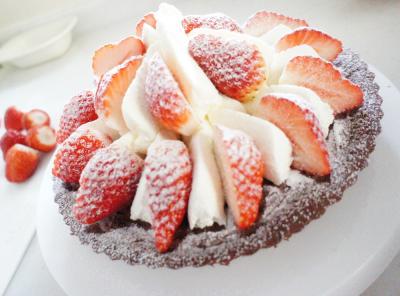 苺チョコレートタルト