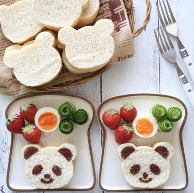 くま型食パン